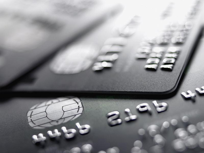 Υποχρεωτική η αποδοχή πληρωμών με πιστωτική κάρτα και από τους γιατρούς